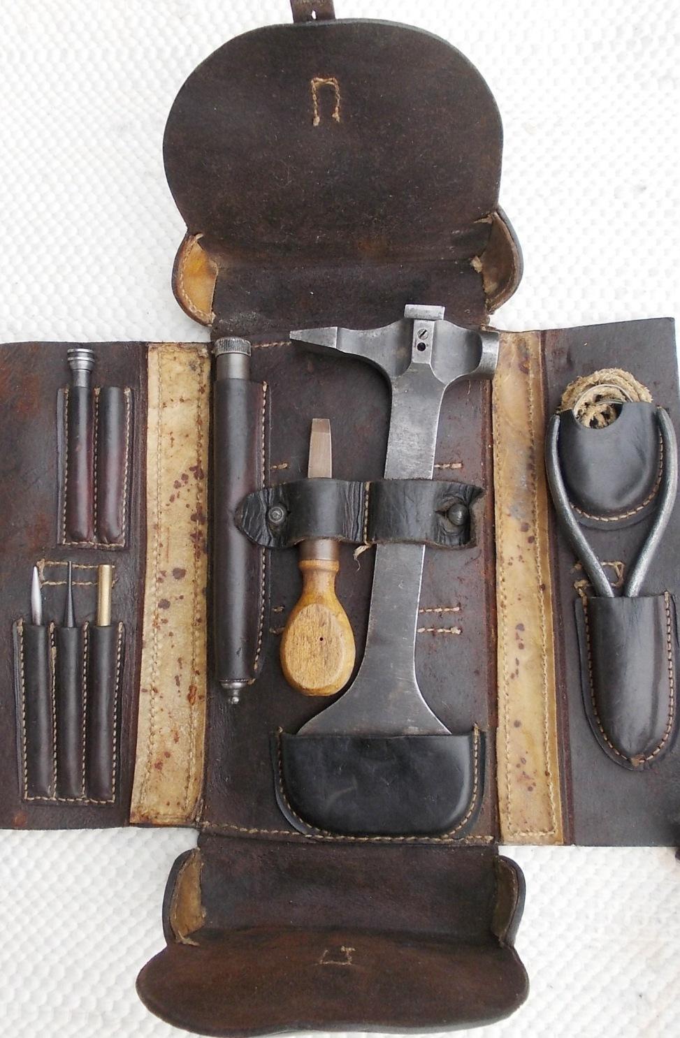 WerkzeugtascheN%20innenhp.jpg